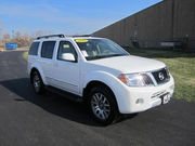 2010 Nissan pathfinder GCC specs On sale